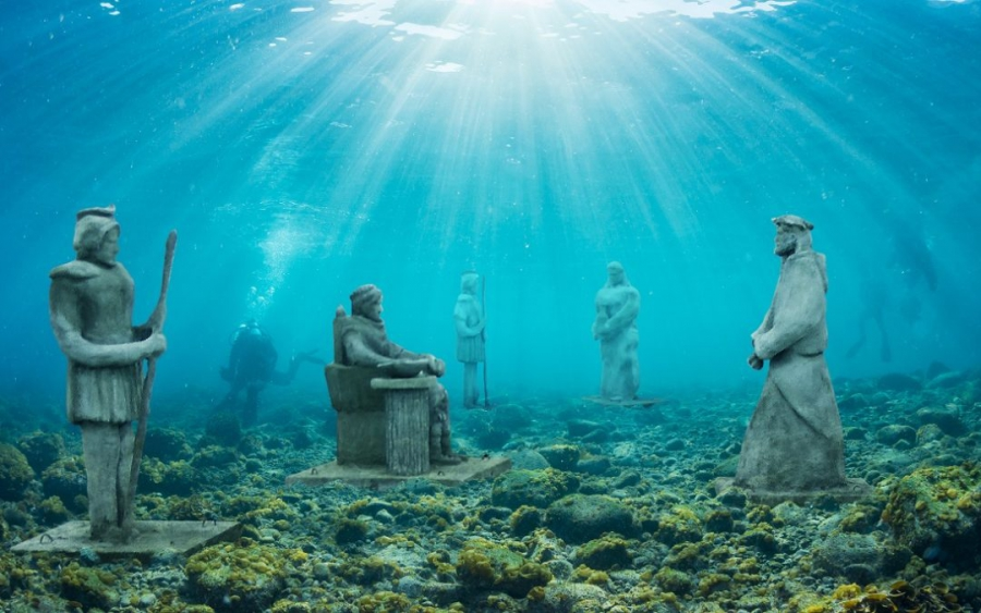 World's First Underwater Stations of the Cross in Croatia