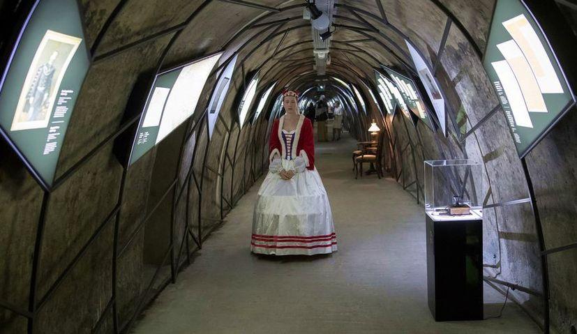 """""""Croatia je Hrvatska"""" Multimedia Exhibition Open in Grič Tunnel"""