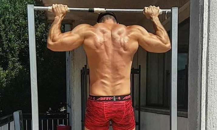 Croatian Breaks Guinness World Record for Rear Pull-Ups