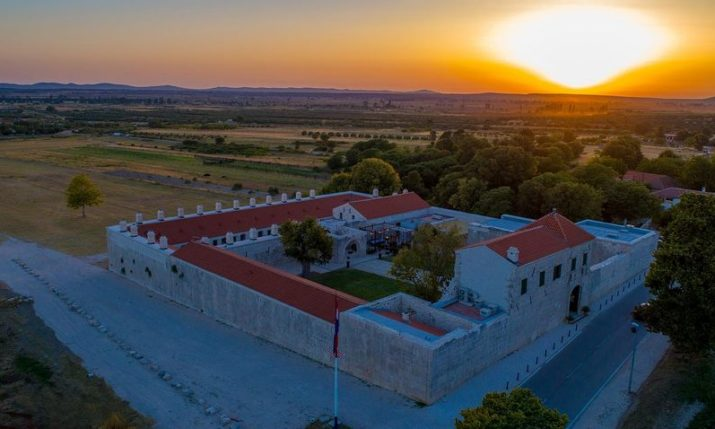 370-Year-Old Mašković Han Now Open as Heritage Hotel on Croatian Coast