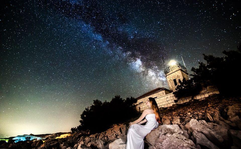 [VIDEO] Amazing Timelapse of Milky Way & Star Trails from Island of Brač