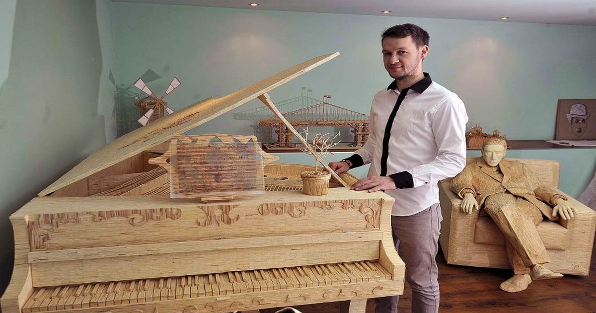 [PHOTOS] Talented Croatian Matchstick Sculptor Creating New Piece