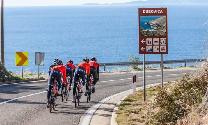 PHOTOS: World's Top Cyclists Training on Island of Hvar