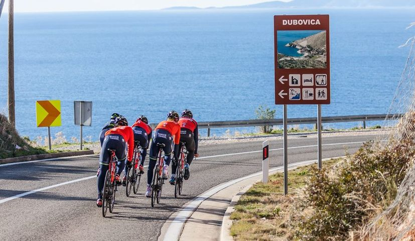 PHOTOS: World's Top Cyclists Training on Island of Hvar