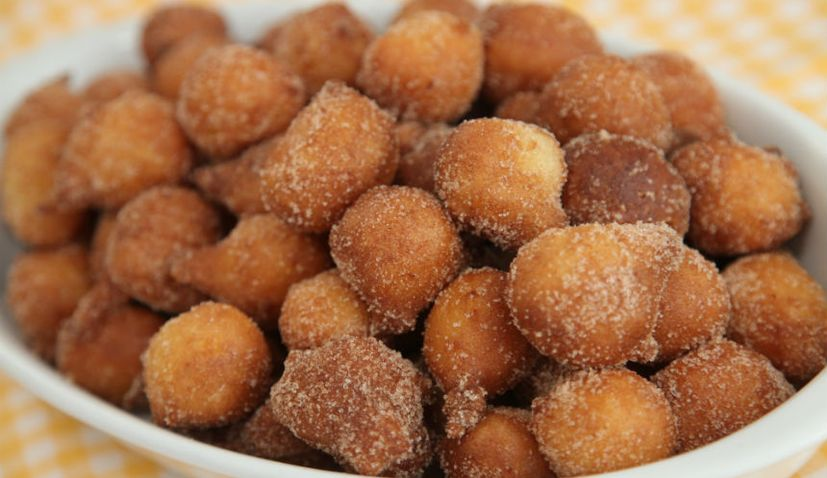 Croatian Christmas Recipes: Fritule
