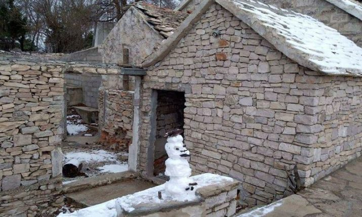 First Snow Arrives on Dalmatian Island of Brač