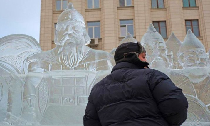 Ice Sculptures Celebrating World Cup Nations on Display in Moscow