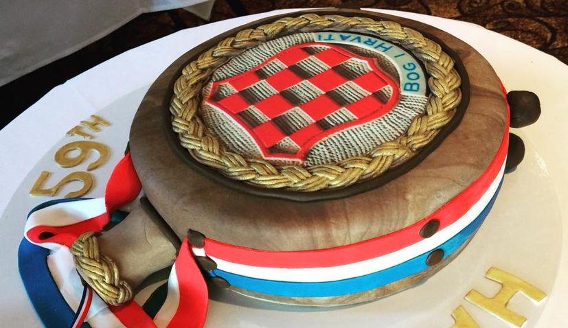 PHOTOS: Amazing Realistic Croatian Čuturica Cake