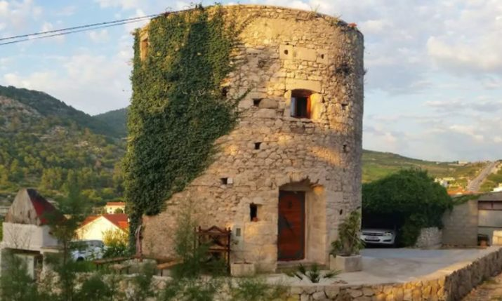 Unique Croatian Accommodation: Restored Ruined Tower on Hvar
