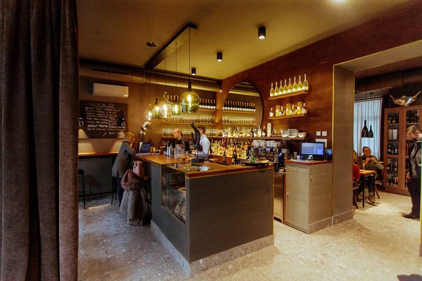 Vivat fina vina new wine bar opens in zagreb croatia week for Food bar zagreb