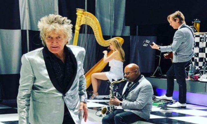VIDEO: Rod Stewart Performs in Croatia for First Time