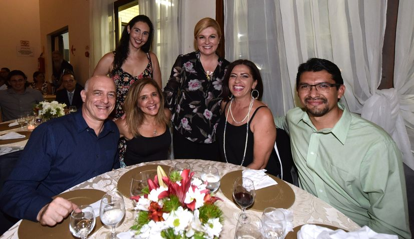 PHOTOS: President Meets With Croatian Community in Brazil