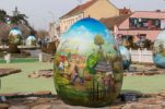 Giant Croatian Decorated Eggs to be Gifted to European Cities for Easter