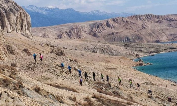 David Bowie's 'Life on Mars' Inspires 800 Runners to Visit Pag Island