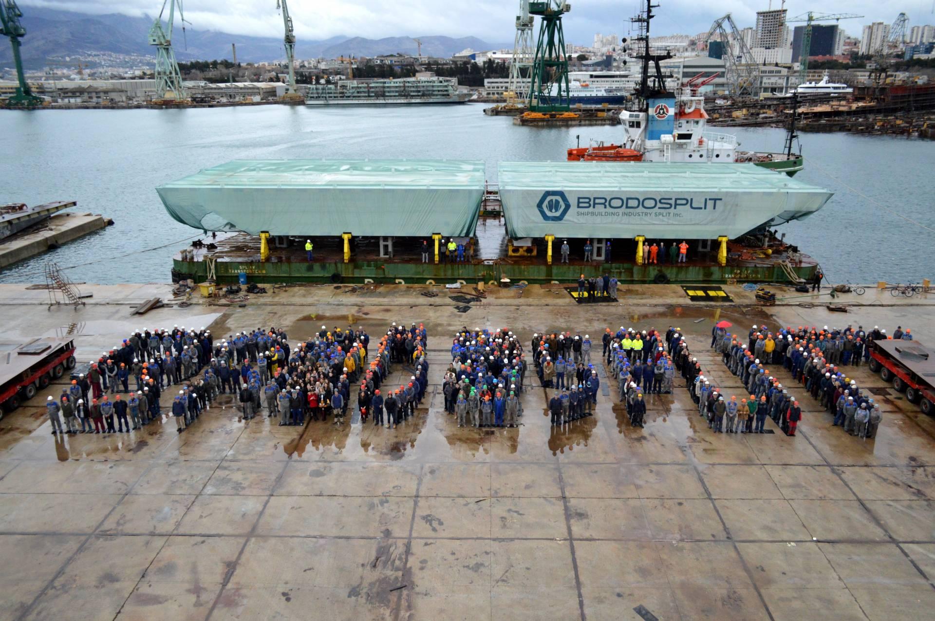Croatian shipyard completes saving venice from flooding project croatian shipyard completes saving venice from flooding project nvjuhfo Choice Image
