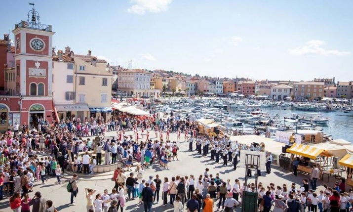 Tourists Flock to Croatia for May Holiday