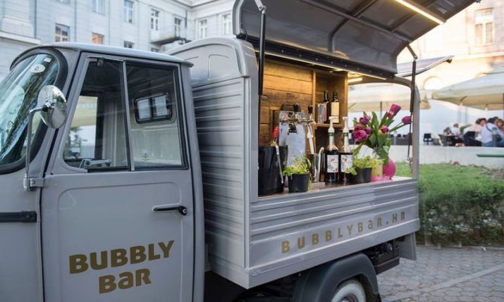 First Sparkling Wine Bar on Wheels in Zagreb