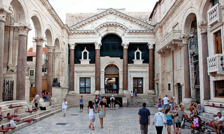 Cultural Family Fun in Split & Zadar with City Game Croatia Treasure Hunts