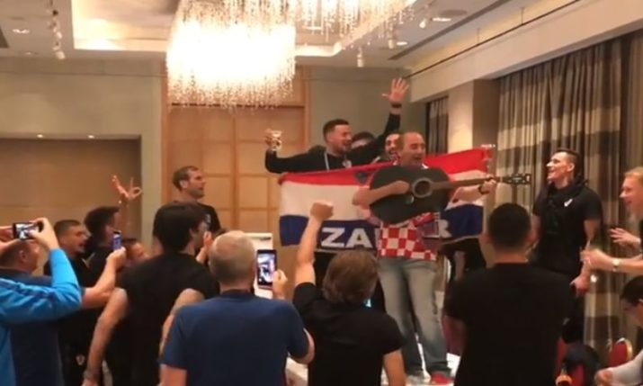 VIDEO: Singer Mladen Grdovic Gets the Party Started at Croatian Team Hotel