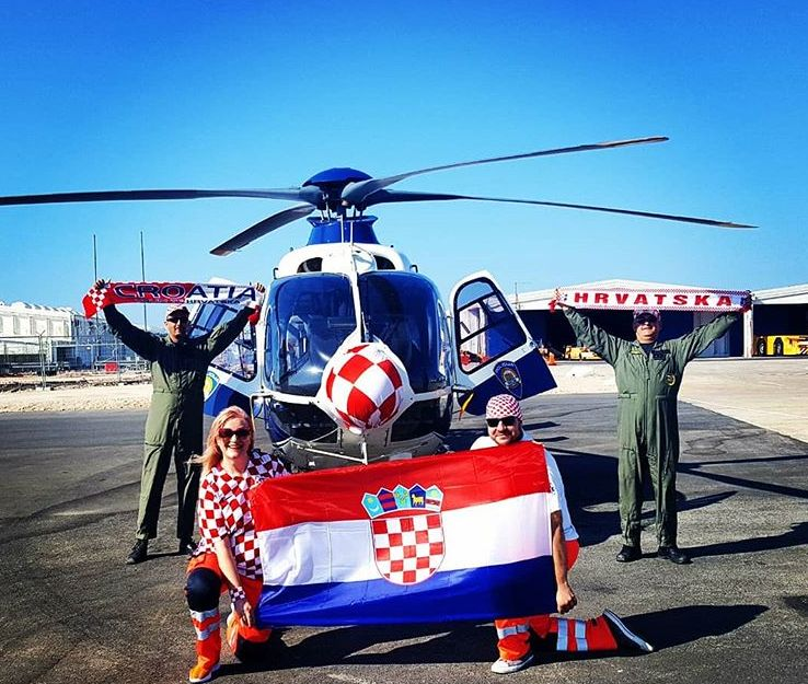 Croatian president flies economy class to Russian Federation  to cheer World Cup team