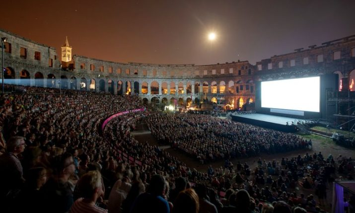 PHOTOS: Mamma Mia: Here We Go Again! has Croatian Premiere at Spectacular Pula Arena