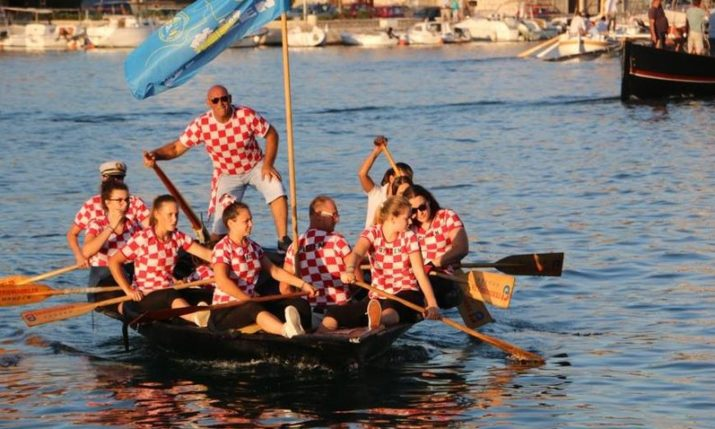 Traditional Maraton Lađa Race in Neretva happening on Saturday