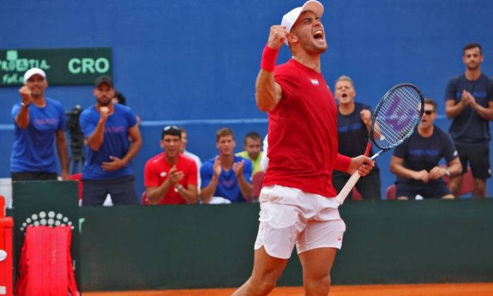 French Open: Wins for Borna Ćorić & Donna Vekić