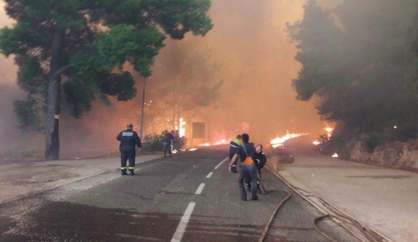 VIDEO: Big wildfire breaks out in Pelješac in Southern Dalmatia