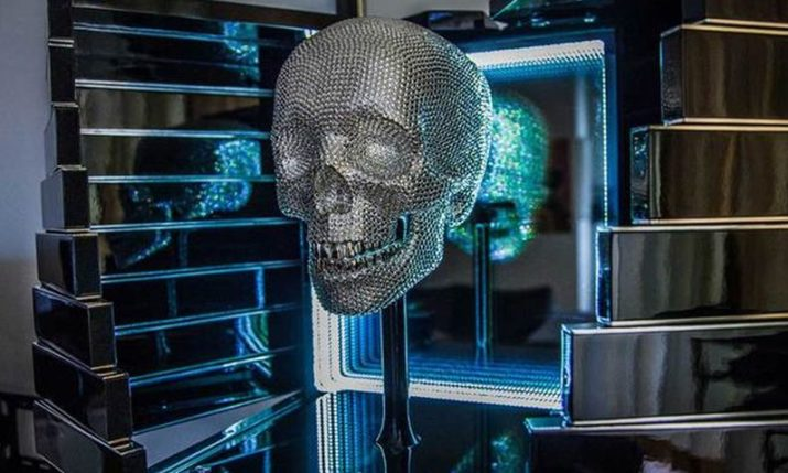 VIDEO: Croatian artist creates futuristic skull as a symbol of reincarnation