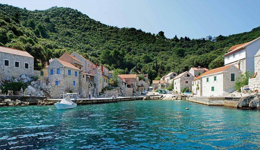 Nautical Paradise & Lighthouses of Southern Croatia in Latest tipTravel Magazine