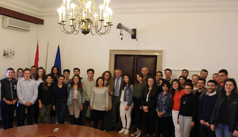 Croatian language learning scholarship recipients welcomed in Zagreb