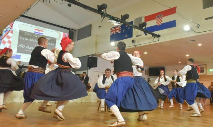 Competition for grants opens for all Croatian communities abroad
