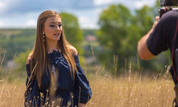 VIDEO: American-Croatian teen pop singer shoots latest video in Croatia