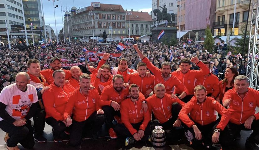 VIDEO: Thousands welcome home Croatia's world champion tennis team in Zagreb