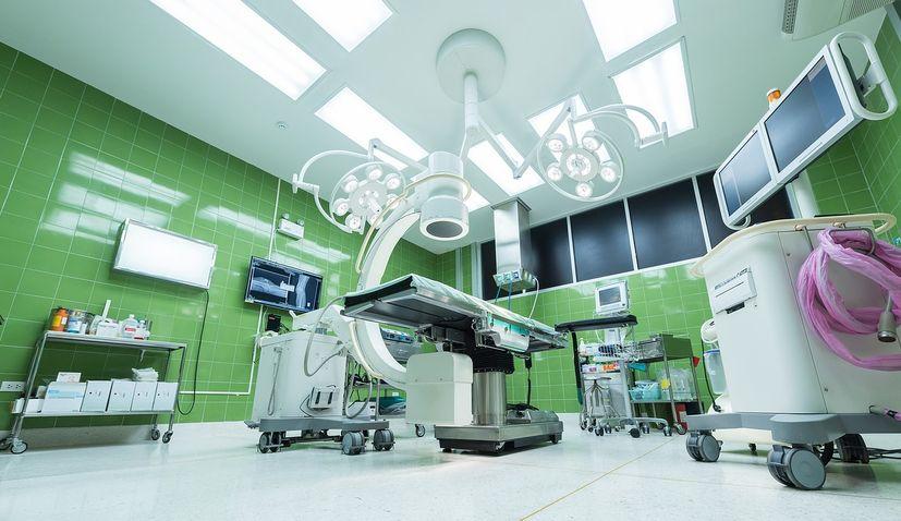 Adris Foundation donates HRK 3m to Rijeka and Pula hospitals for ventilators