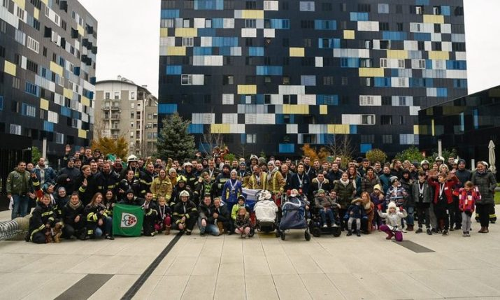 Firefighters from 4 countries take part in Zagreb stair race challenge for sick children