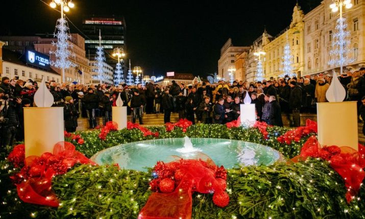 Advent in Zagreb officially opens as first candle lit
