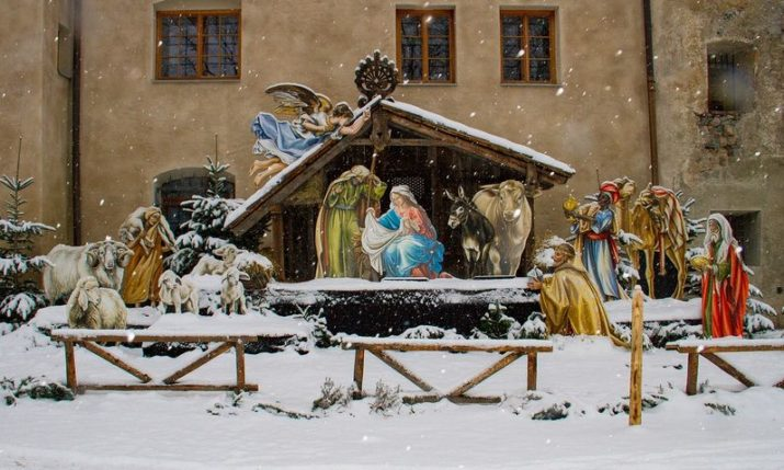 Live nativity pageant takes place in Istrian town of Sv. Lovrec