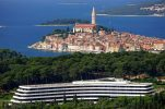 Croatia records 3rd highest share of nights spent at tourist accommodations by non-residents