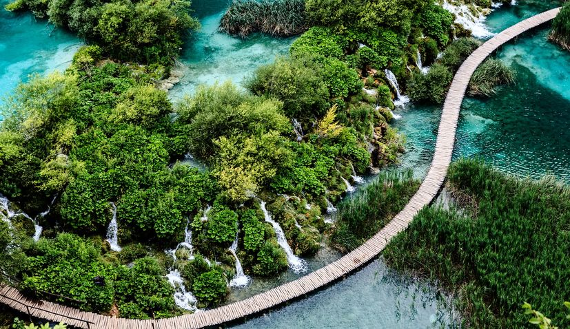 Plitvice Lakes National Park seeking 460 workers for tourist season