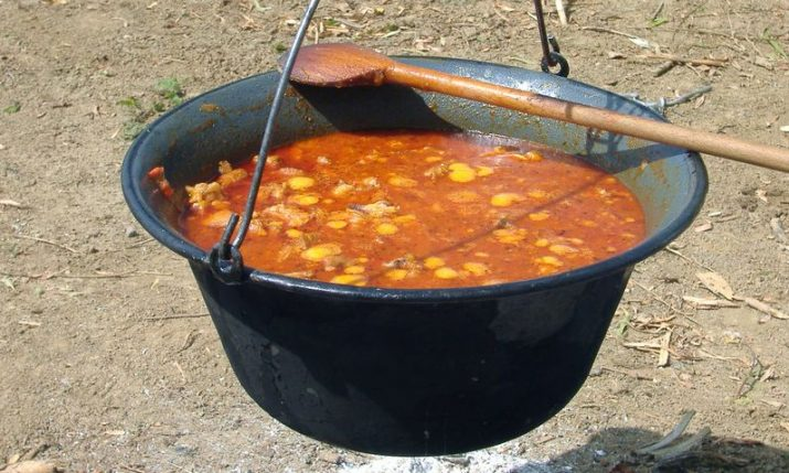Croatian recipes: Čobanac – traditional meat stew from Slavonia