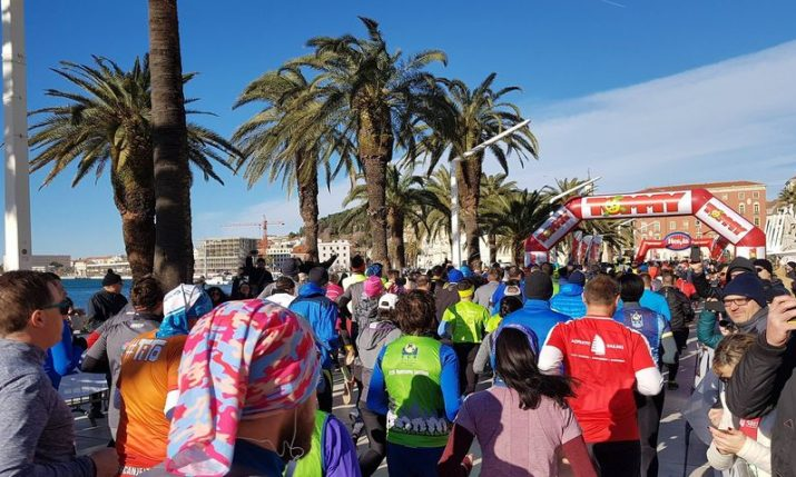PHOTOS: 2,500 runners from 40 nations take part in Split half marathon