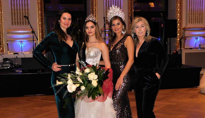 PHOTOS: Amalija Zagorčak wins Miss Croatia Diaspora title at 28th Croatian Ball