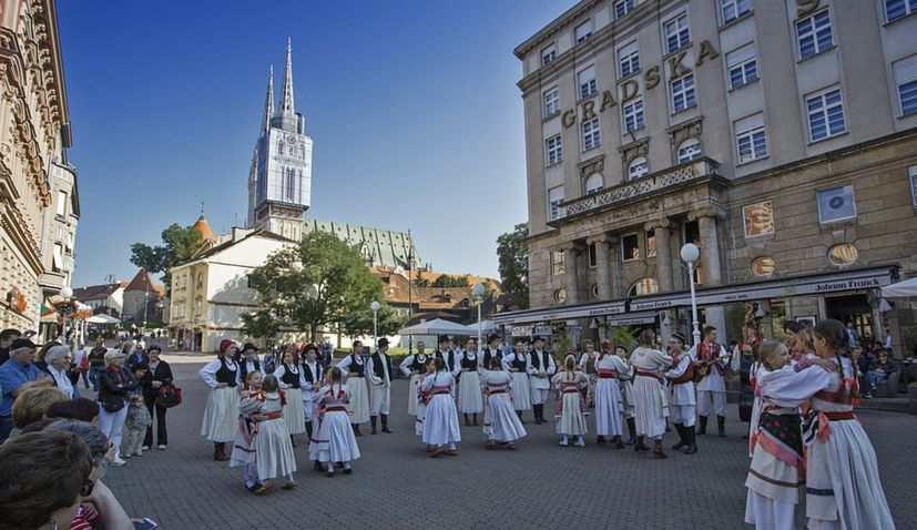 Croatian culture minister says festivals won't be cancelled, programmes to be adapted