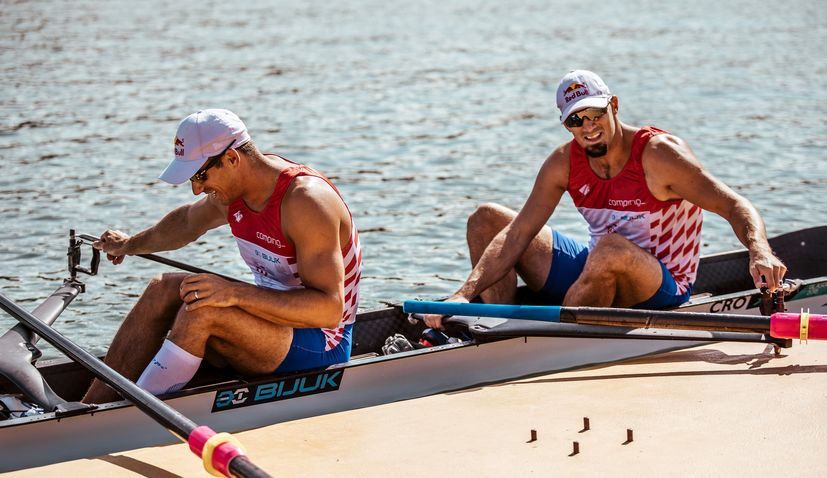 Croatia's Sinković brothers win silver medal at European Rowing Champs
