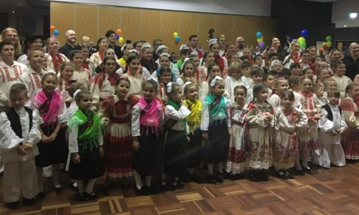 Na mladima svijet ostaje: Passing on Croatian language, traditions & cultural customs in Australia