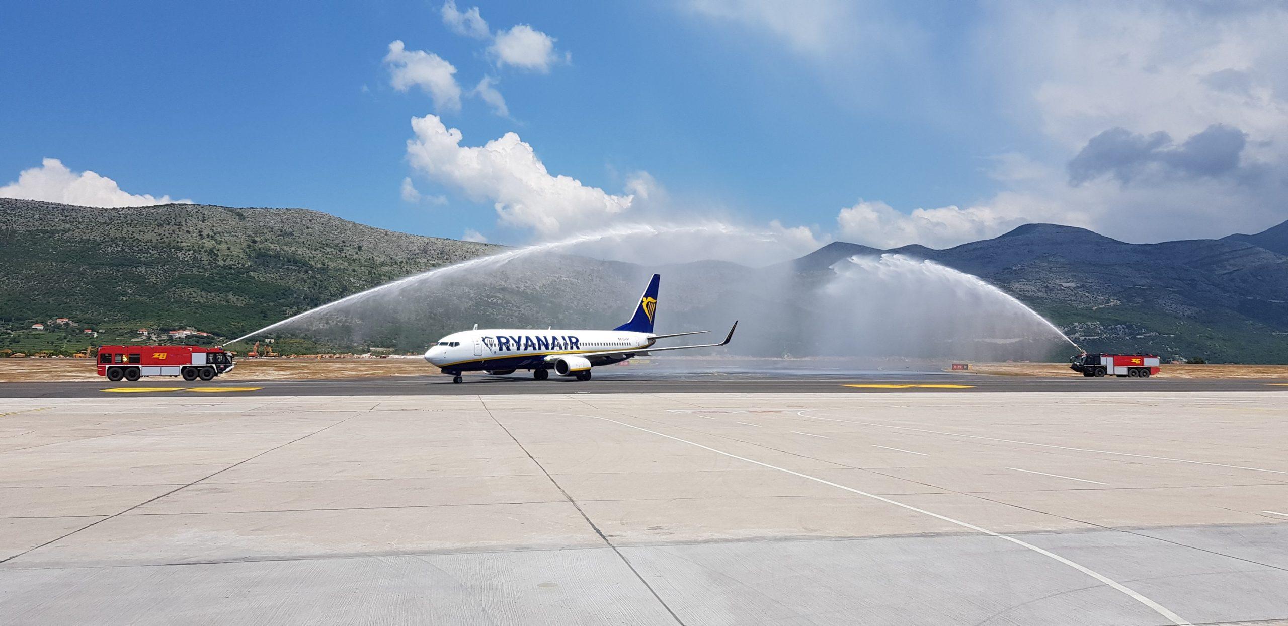 First Ever Ryanair Flight Lands In Dubrovnik Croatia Week