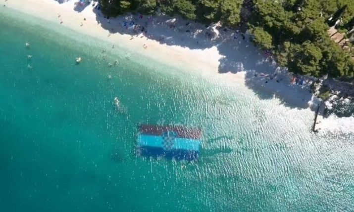 World record for biggest flag on seabed set in Gradac