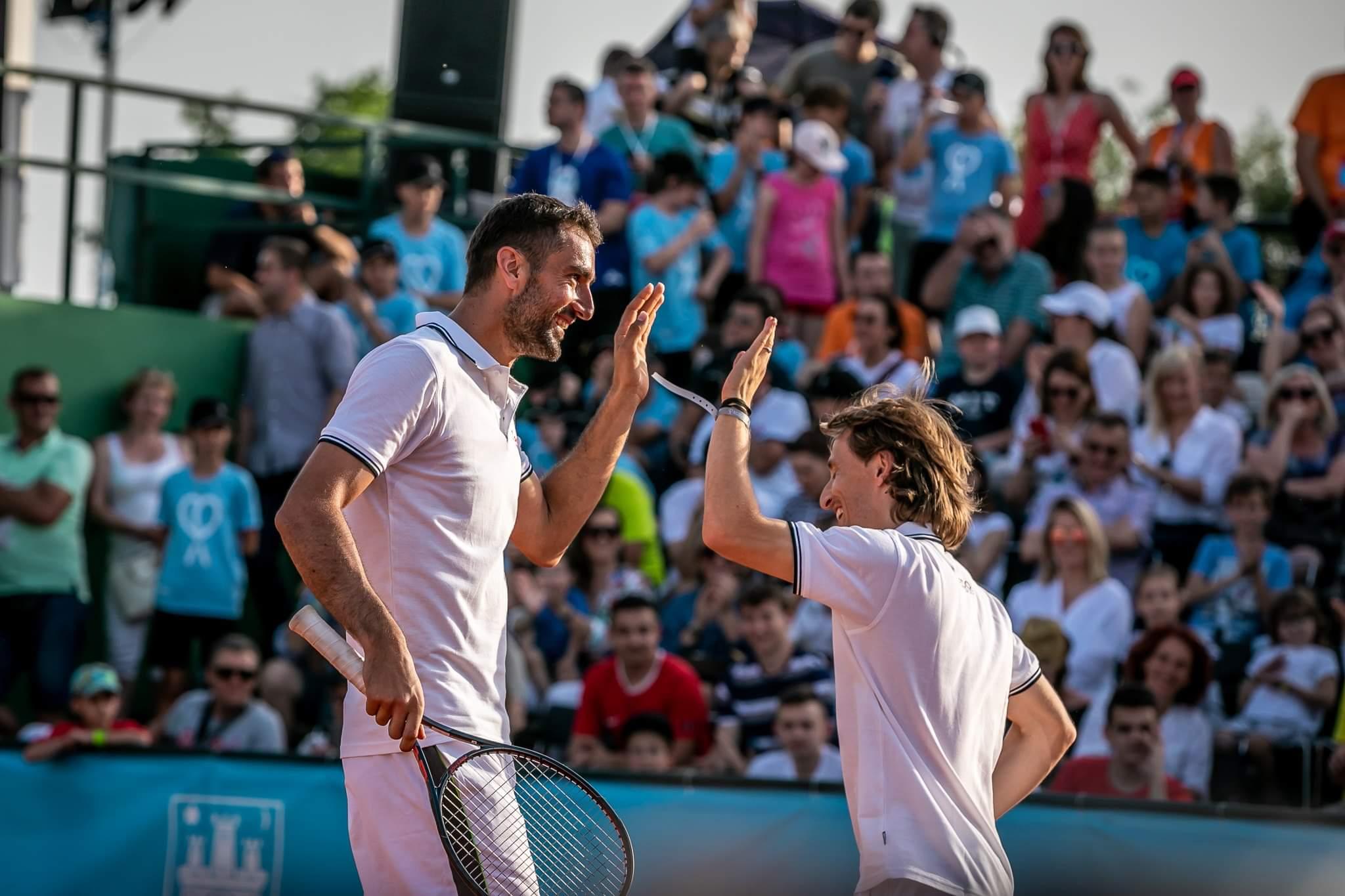 Модрич и Манджукич приняли участие в благотворительном теннисном турнире