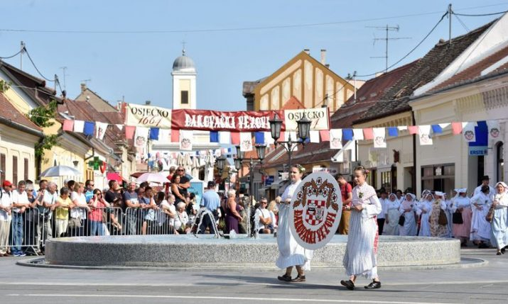 PHOTOS: Đakovo Folklore Festival held for the 53rd year